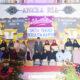Pembagian Hadiah pada Acara Anekaria Nusantara